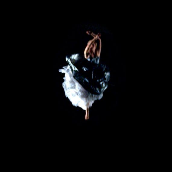 Violettas Fall - Filmprojekt för Operauppsättning
